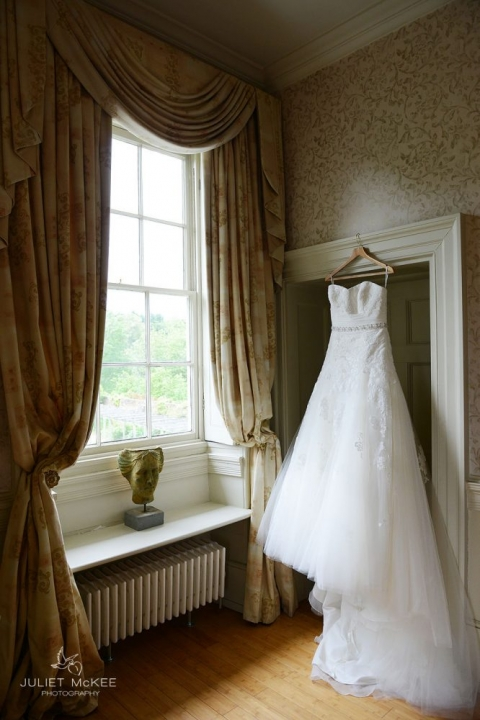 Lucy & Giles ~ {A Classic English Country Wedding} 3