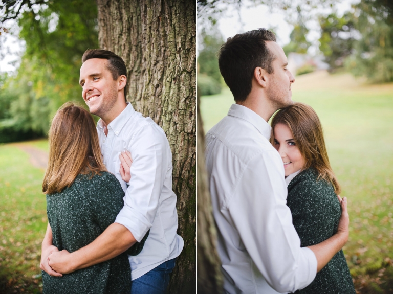 Relaxed and intimate engagement photography