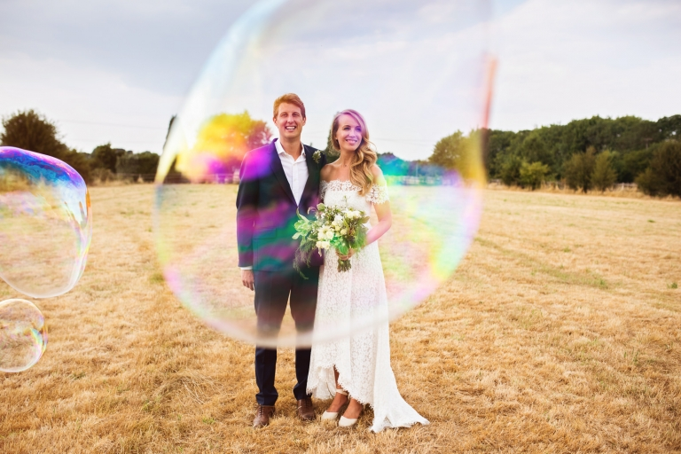 Giant bubbles wedding photos